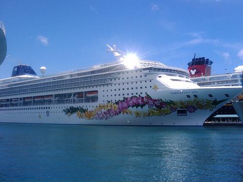 Norvergian Sky Cruise Ship