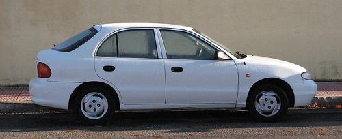 Hyundai Accent photo by M.Peleinado/flickr