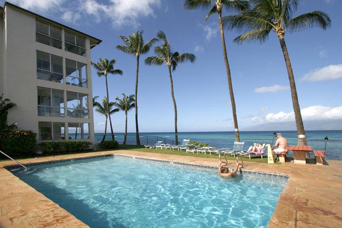 Noelani Oceanfront Condomium Resort in Maui