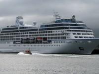 Cruise ship near Belfast