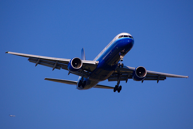 Round trip flights from 100 with united for Cheap round trip flights from chicago