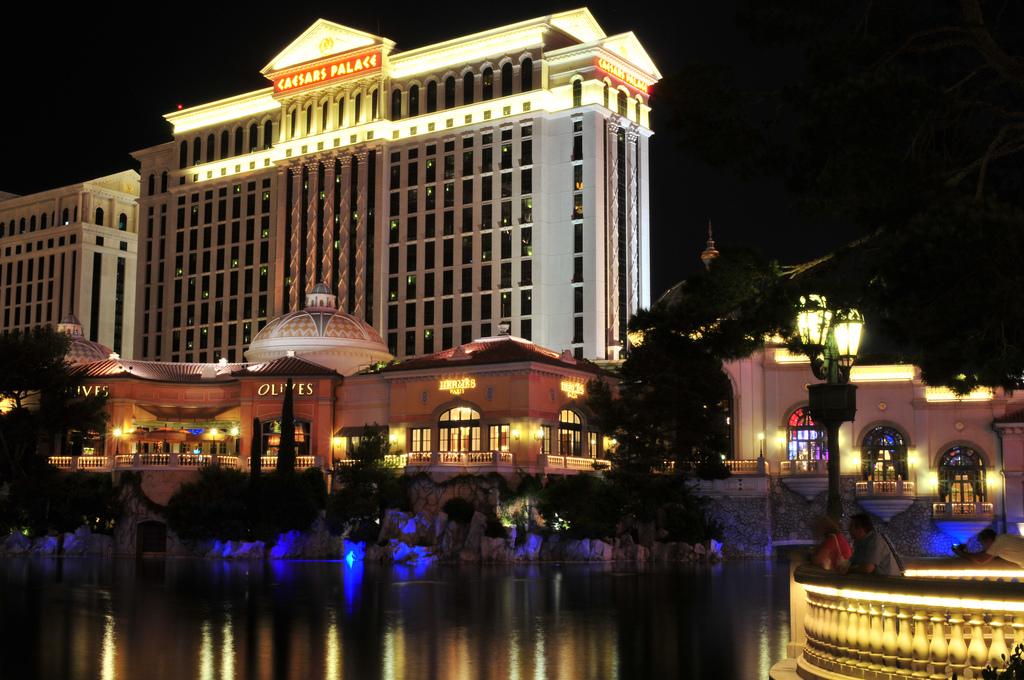 Palace casino & hotel south point casino movie theater