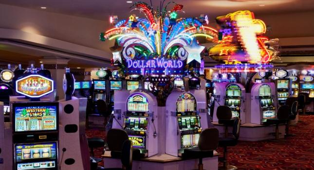 Slot machines at the casino of Harrah's