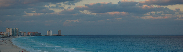 Cancun beach, ©jthetzel/Flickr