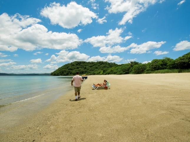 Beach at Occidental Allegro Papagayo