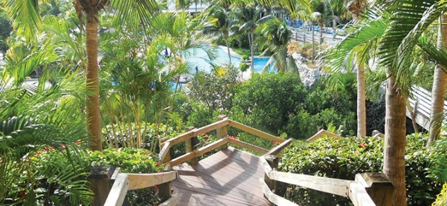 Interconnected pools at Sugar Bay Resort