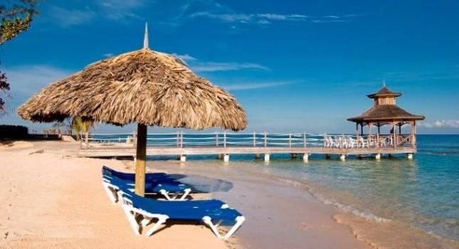 The beach at Holiday Inn Resort Montego Bay