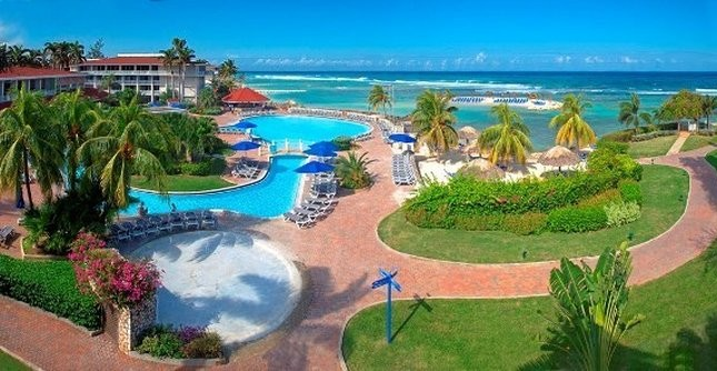 Holiday Inn Resort Montego Bay - pool view