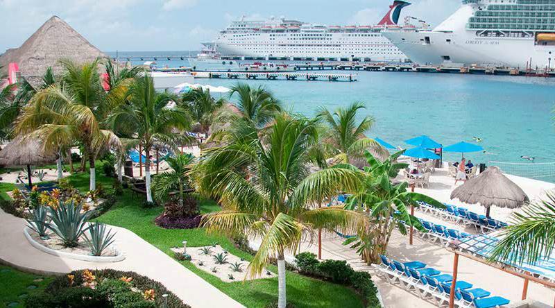 All-inclusive El Cid La Ceiba Beach Hotel in Cozumel for $93