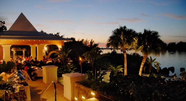 Restaurant at Grotto Bay Beach Resort