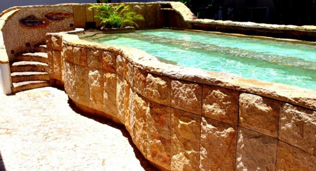The pool at Acacia Boutique hotel