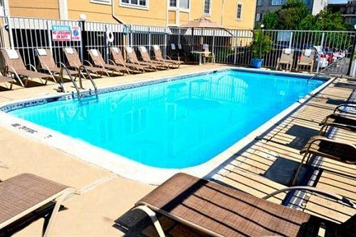 Pool at Atlantic Oceanfront Inn