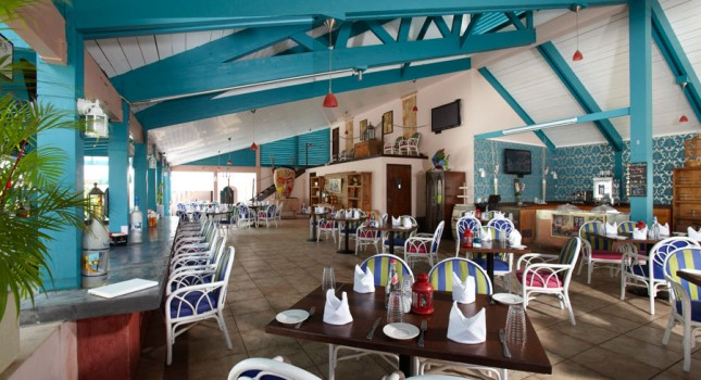 Restaurant at Caribbean Palm Resort