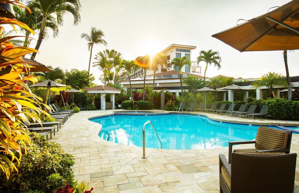 4 Star Maui Coast Hotel On The Beachfront For 120