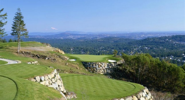 Golf course and view at Westin Bear Mountain resort