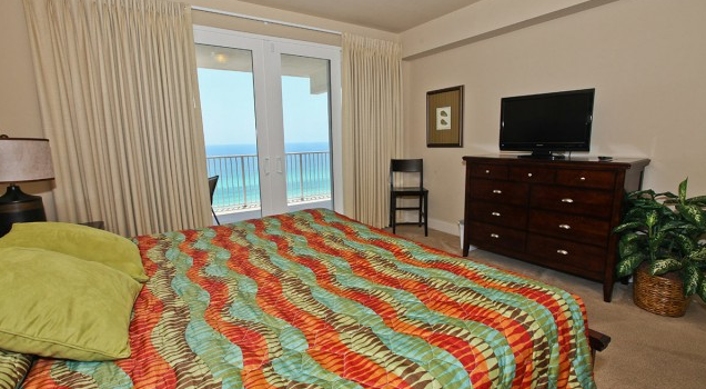 Room at Laketown Wharf Resort