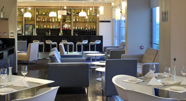 Restaurant at Harbour Bridge Hotel and Suites