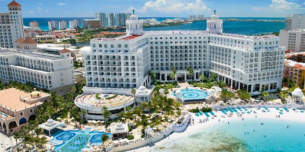 Riu Palace Las Americas resort