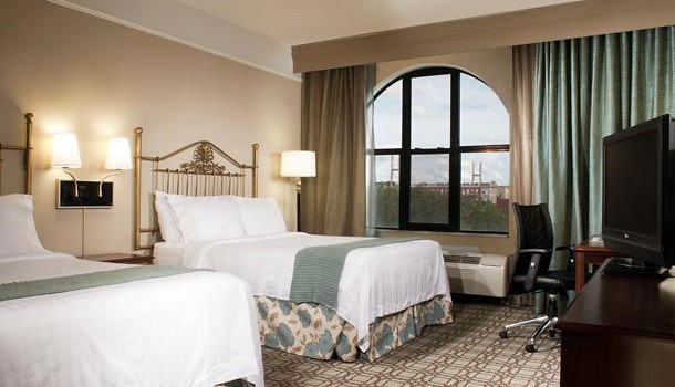Guest room at Courtyard Savannah Downtown/ Historic District