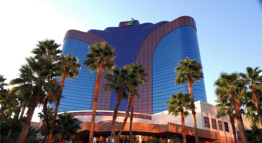 Flight Plus Hotel Deals To Las Vegas