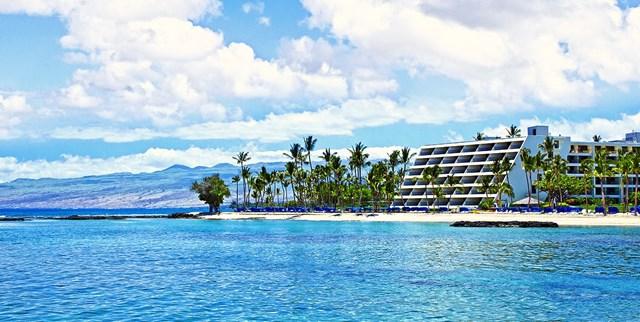 Mauna Lani Hotel and Bungalows