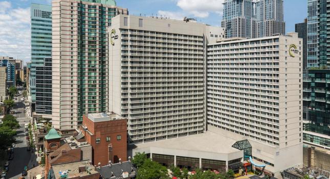 Chelsea Hotel Toronto - exterior view