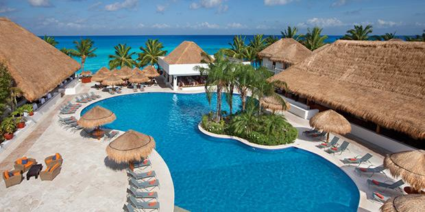 Sunscape Sabor Cozumel beach resort